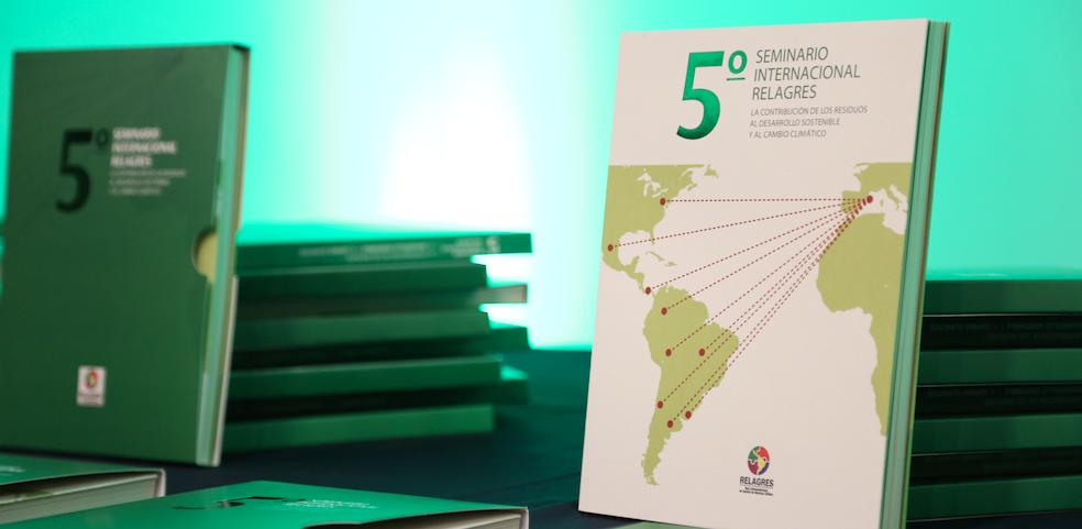 EMERES, MSUR y la UTEM presentan libro sobre aporte de los residuos al cambio climático